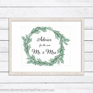 green wreath advice wedding sign
